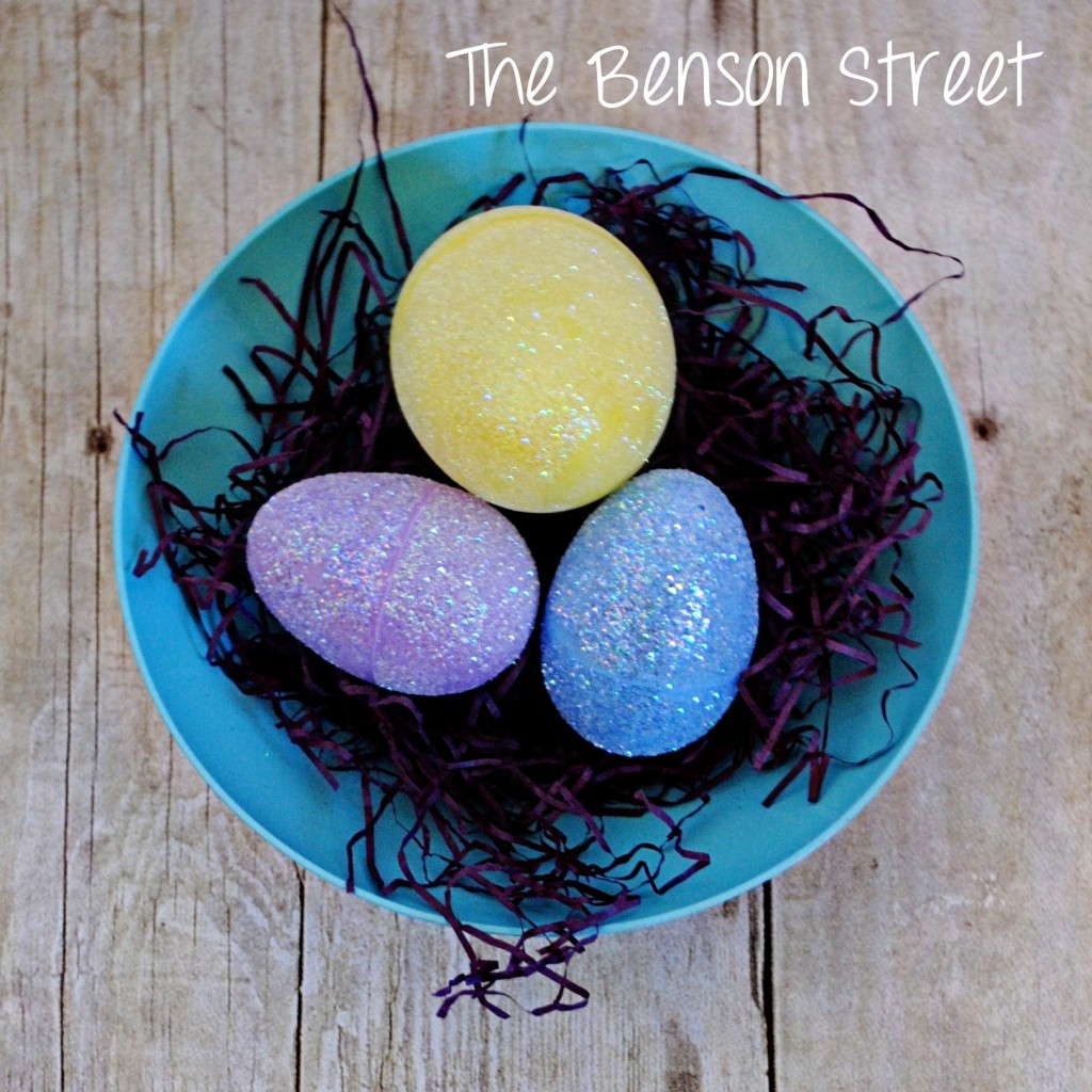 DIY Glitter Eggs at www.thebensonstreet.com 9