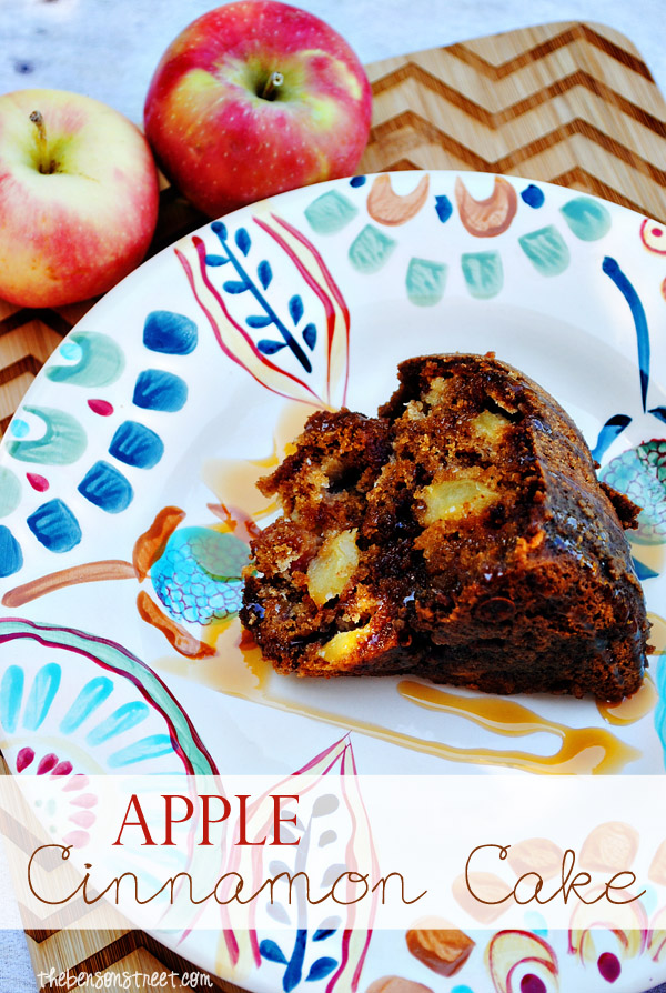 apple cinnamon upside down cake cinnamon sugar apple skillet cake ...