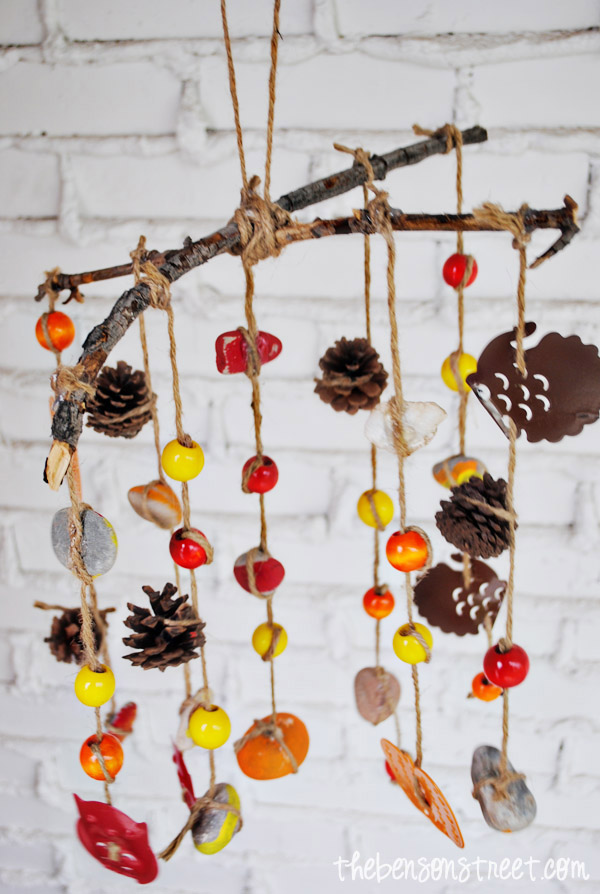 Fall wind chimes craft for kids the benson street for Easy to make wind chimes