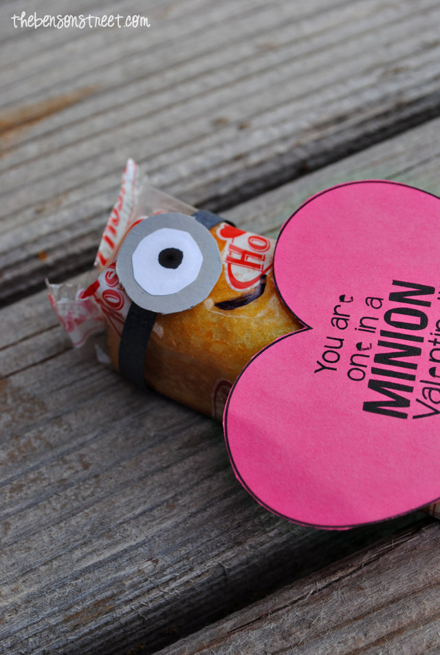 Printable Minion Heart Valentine at thebensonstreet.com
