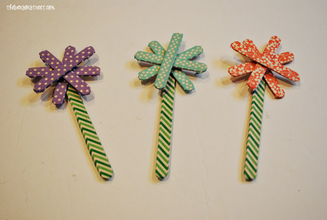 Popsicle Stick Flowers at thebensonstreet.com